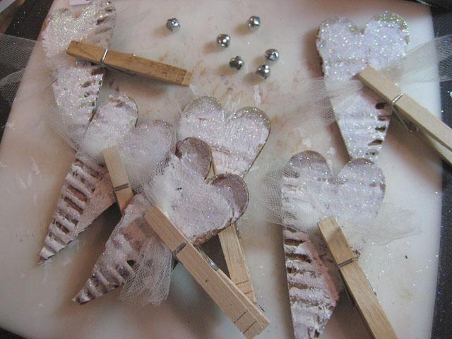 Xyron_Linda_Neff_Ornament_2012_clothespins