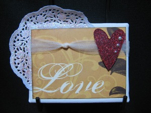 Art_Glitter_Xyron_Linda_Neff_canvas_heart_photo_5