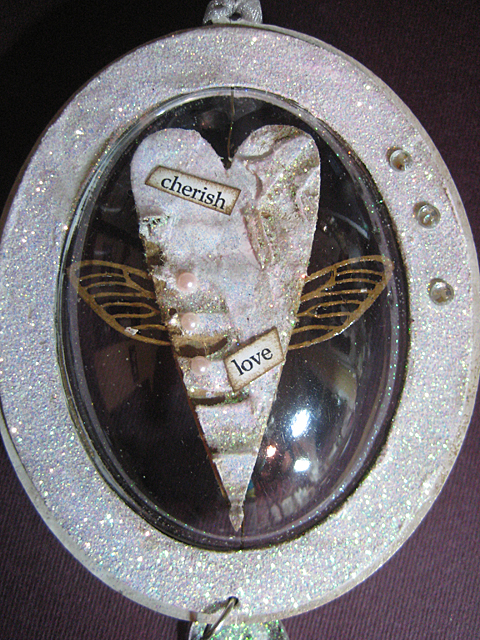 globecraft_Piccolo_DIY_Ornaments_wings_linda_neff_photo5