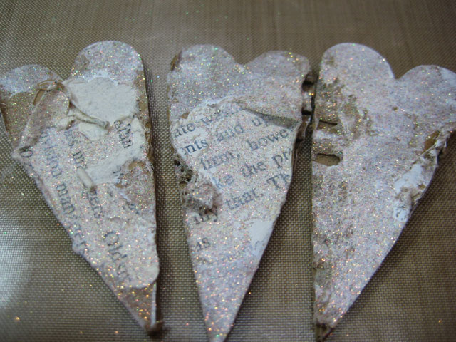 Art_Glitter_heart_magnet_Linda_Neff_tutorial_photo_6