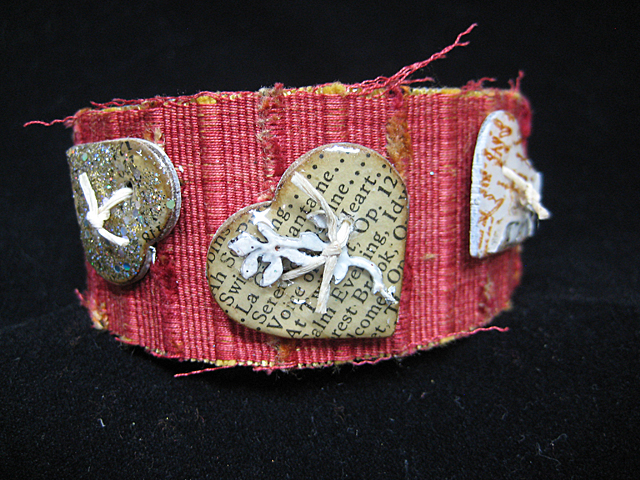 G&P_linda_neff_UV_Resin_cuff_photo_5