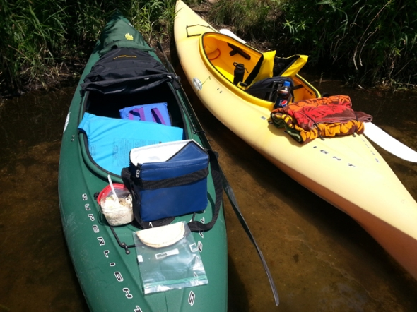 linda_neff_kayak_lunch_break