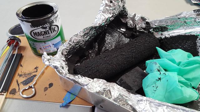 green_door_studio_magnetic_paint_roller_cleanup